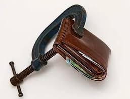 brown-wallet-in-vise