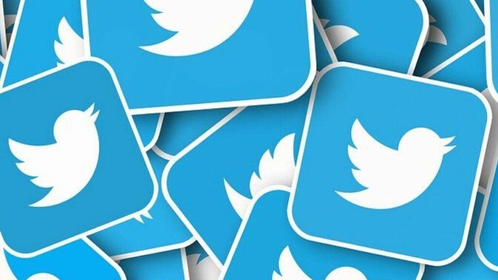 blue-white-twitter-logos