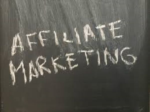 blackboard-white-chalk-lettering